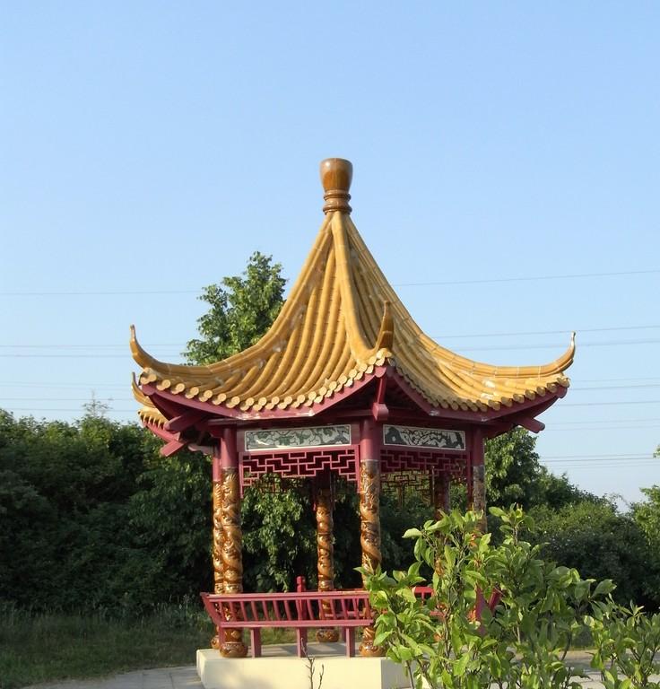 Drachenpavillon im Rheinpark, ein Geschenk aus China