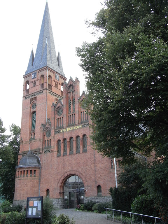 Evangelische Christuskirche im Zentrum