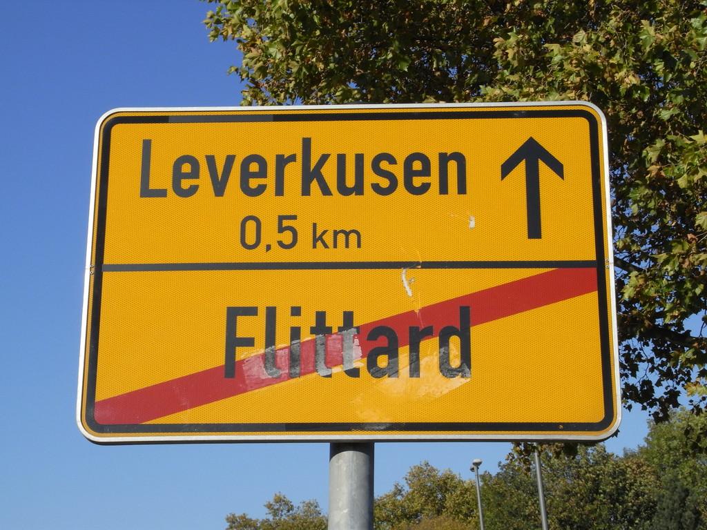 Köln-Flittard ist zu Ende, noch wenige Kilometer bis Leverkusen