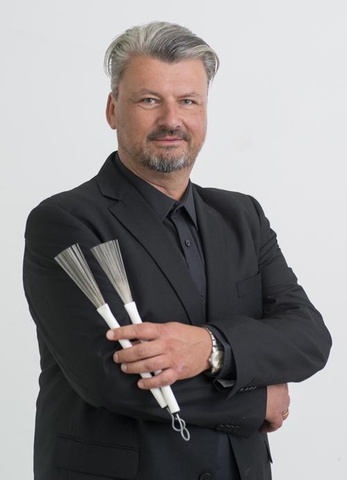 Schlagzeug: Martin Aldinger