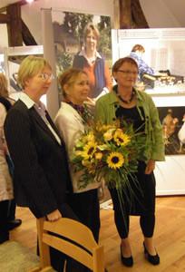 Frau Gabriele Scheibner (Mitte), Frau F. Bergner (links), Frau Meyer (rechts)
