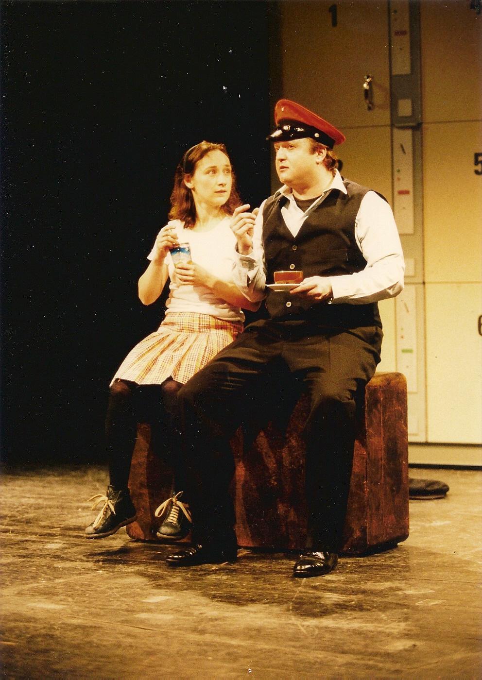 Das Kofferkind, 2001,  Theater Heilbronn, Foto: Jürgen Frahm