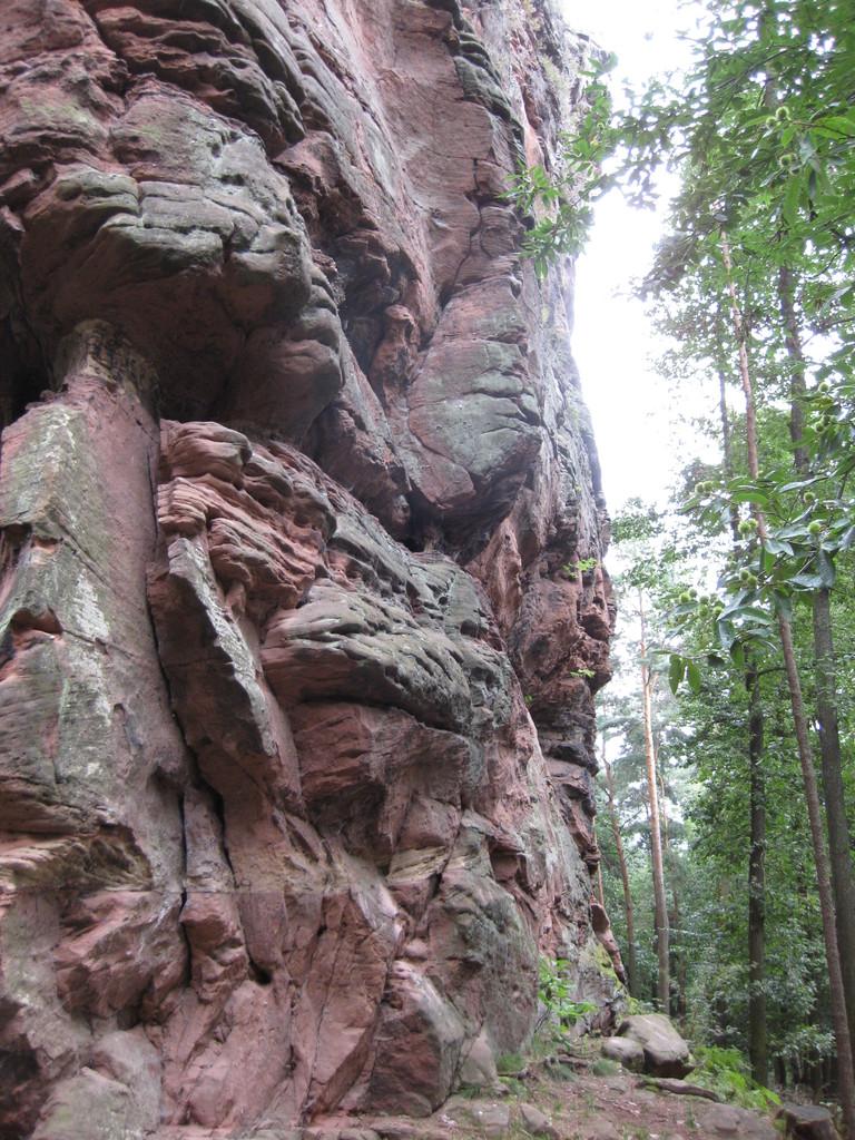 Am Felsfuß angelangt