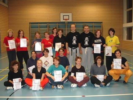 Selbstverteidigungskurs für Frauen                                                                (Damen- und Turnverein Walkringen BE)