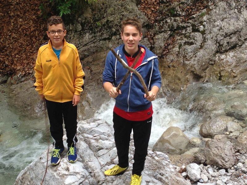 Neuzugang Nick Maier (re.) und Leon in der Griessbachklamm