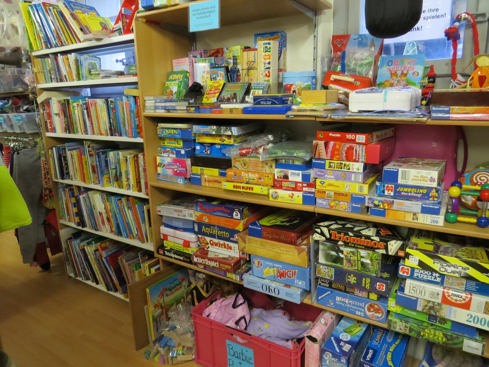 Secondhand: Spielsachen, Bücher, MC, CD, DVD, Games