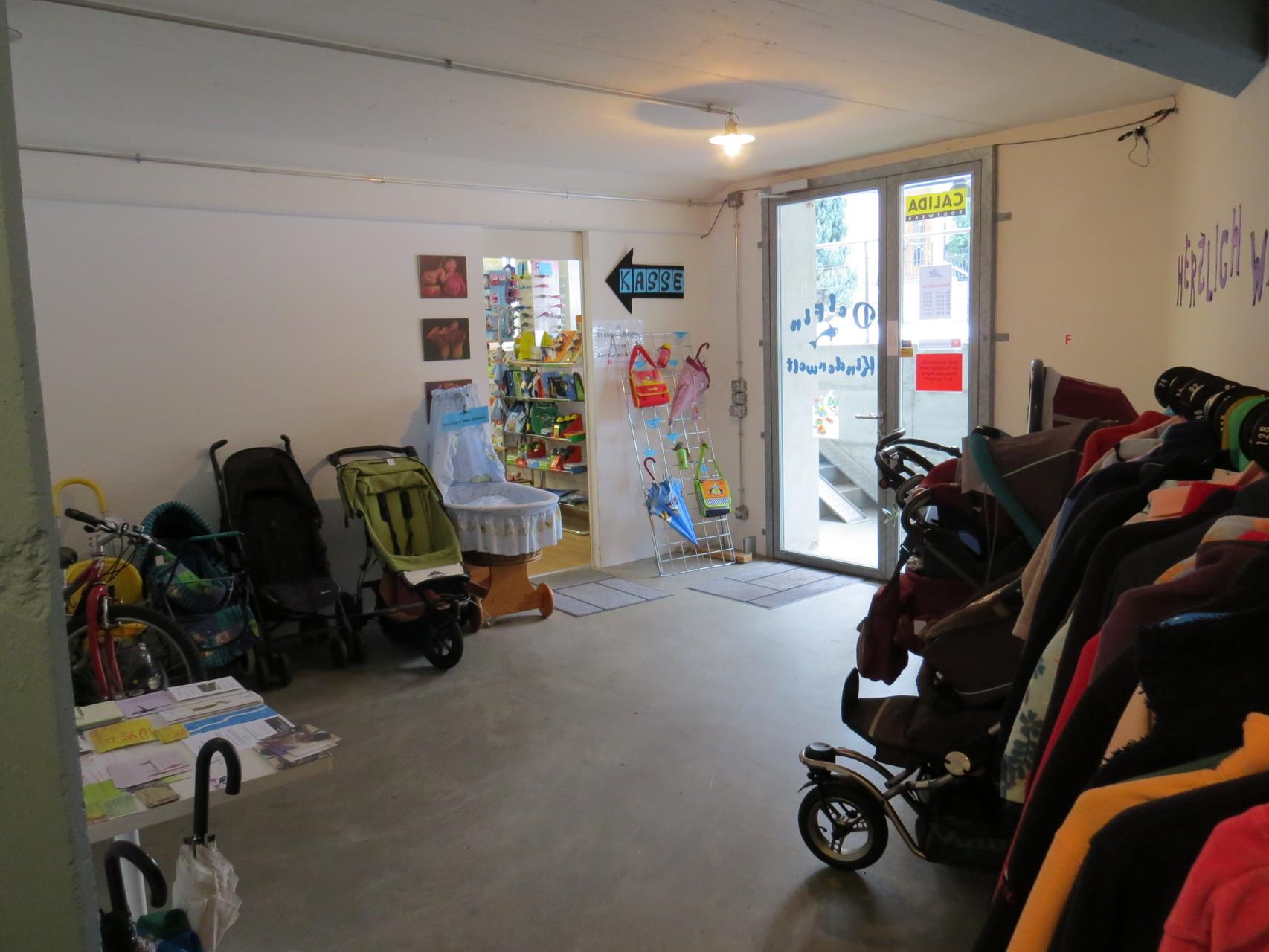 Eingangsbereich Neu und Secondhand