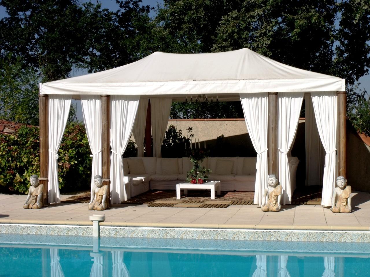 Salon de la terrasse piscine (10 fauteuils)