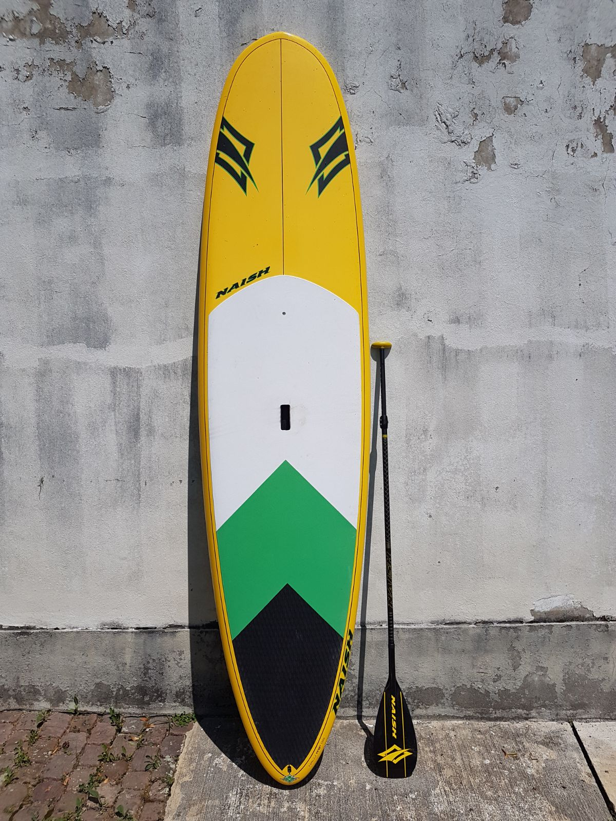 "Naish Epoxy SUP 11""0 feet, mit Carbonpaddel (zweiteilig)"