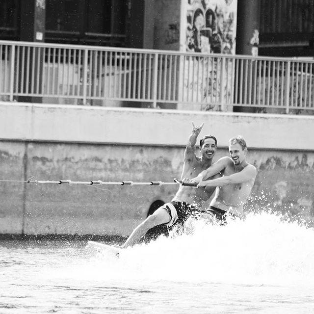 Edi am Surfen