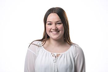 Julia Eversmann - PKA-Auszubildende |Marien-Apotheke Reken