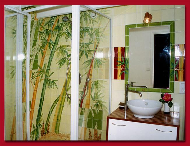 carrelage personnalisé de salle de bain - atelier plume - Carrelage Salle De Bain Bambou