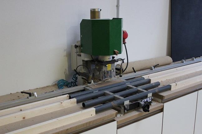 Lochreihenbohrmaschine