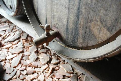 cannelle en bois pour le sous-tirage du vinaigre