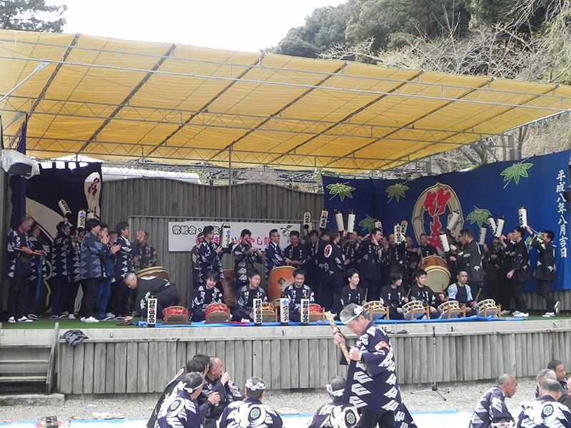 竹友会とのお囃子競演(賑やかし)