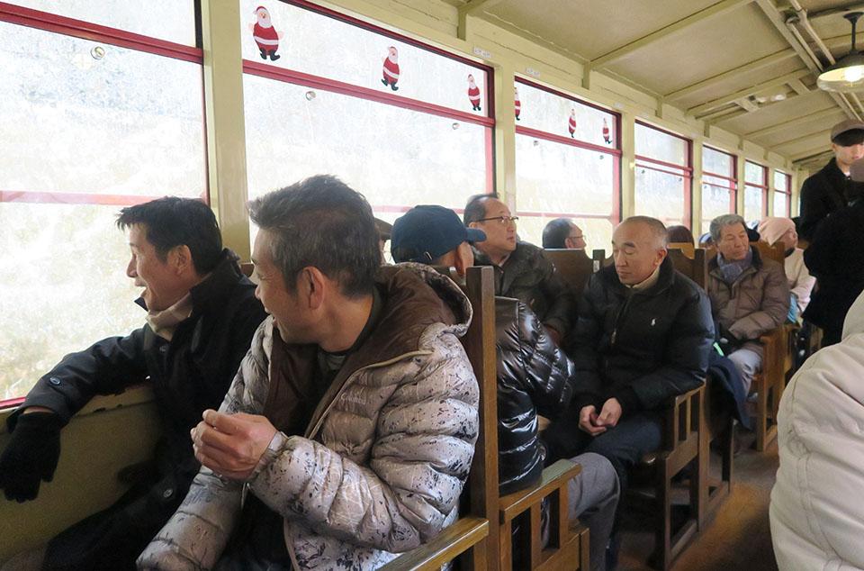 トロッコ列車で京都嵐山まで
