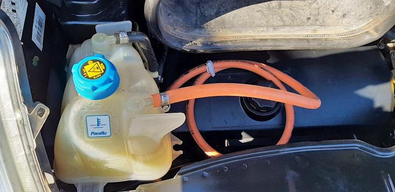 Bypass mit Gas-Schlauch