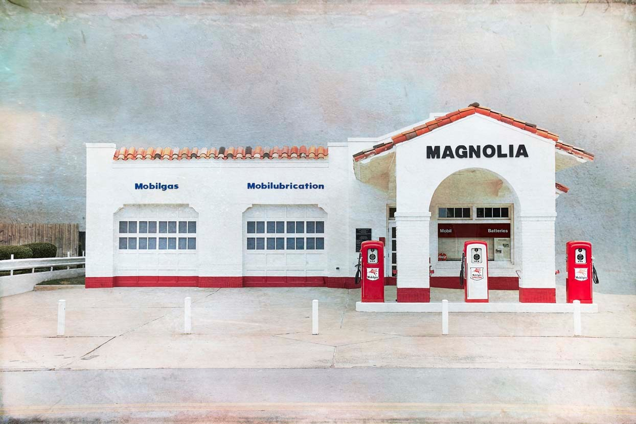 Magnolia Gas Station, Little Rock, AK, USA