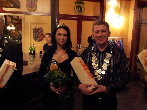 Königin Henrietta und König Hans