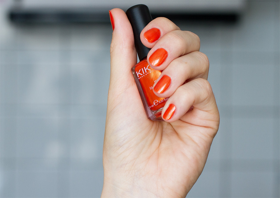 Kiko nail 235 pearly orange swatch