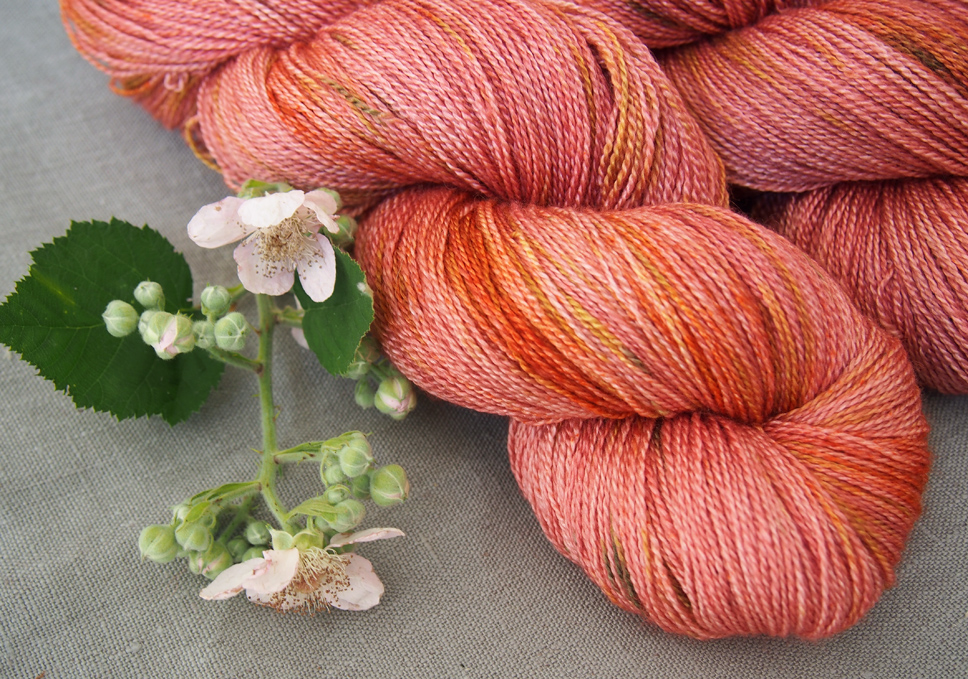 glamour lace strawberry fields