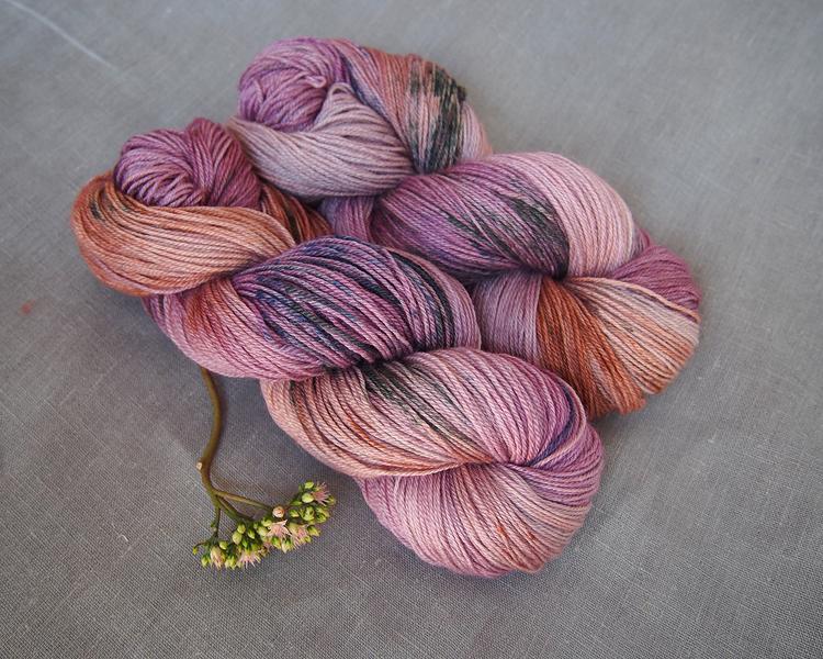 welthase bfl pashmina dried tea rose