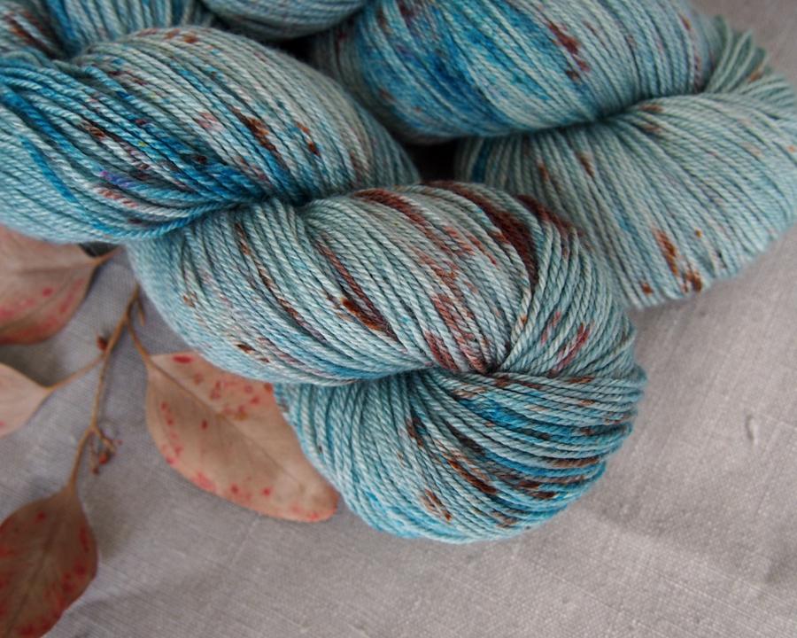 welthase bfl pashmina speckled egg blue