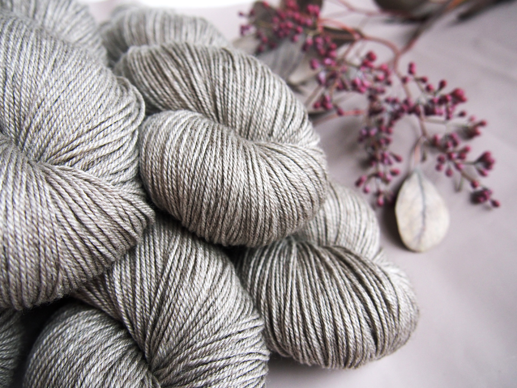 yak fingering * golden grey