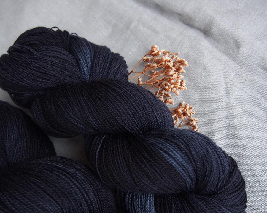 "BFL lace ""night blue"""