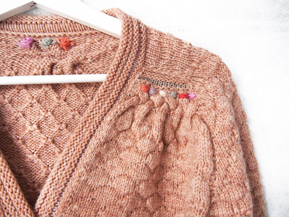 BOMBUS cardigan KIT now including pattern!