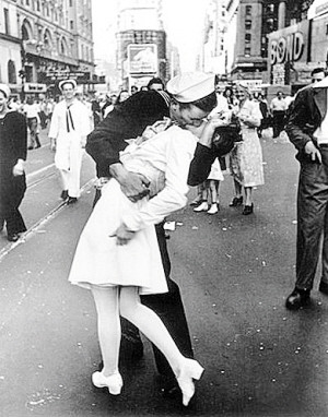 """El """"beso de la Victoria"""" en Times Square."""