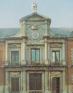 PALACIO DE SANTA CRUZ. Juan Gómez de la Mora.