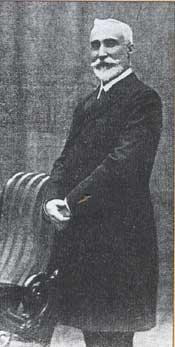 Antonio Maura, cinco veces presidente del Gobierno.