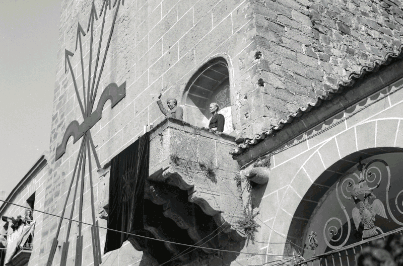 Franco en Cáceres justo después de la Victoria.