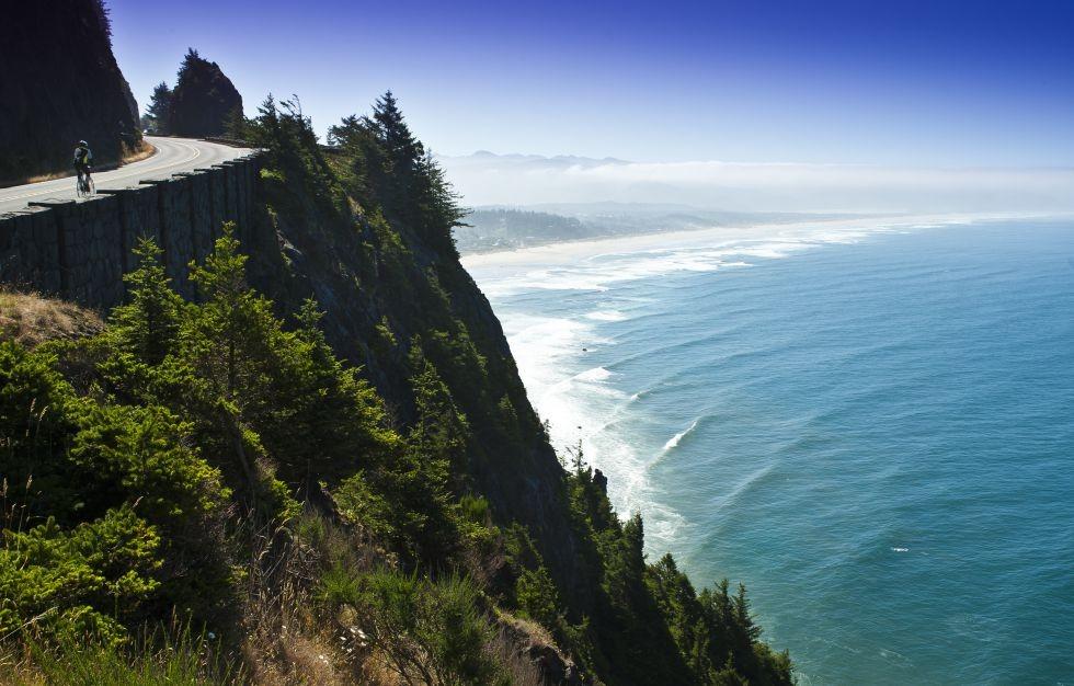 La ruta nº1 costera sobre la Pacific Hway 101, acantilados sobre el Pacífico.