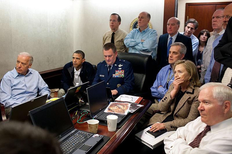 Obama y su gabinete asiste a la muerte de Bin Laden