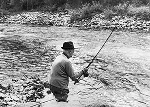 """Franco, """"gran pescador""""....los trucos del NO-DO."""