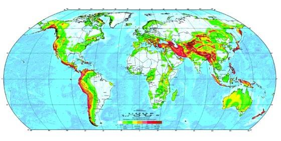 En rojo las zonas de contacto de las placas oceánicas y continentales.