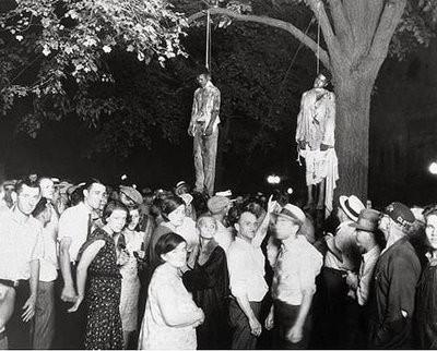 Linchamiento racista en el sur de EE.UU. (1930)