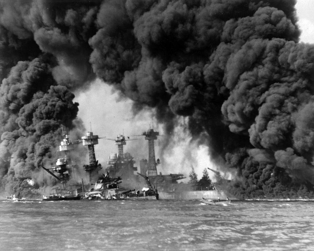 Bombardeo de Pearl Harbour.