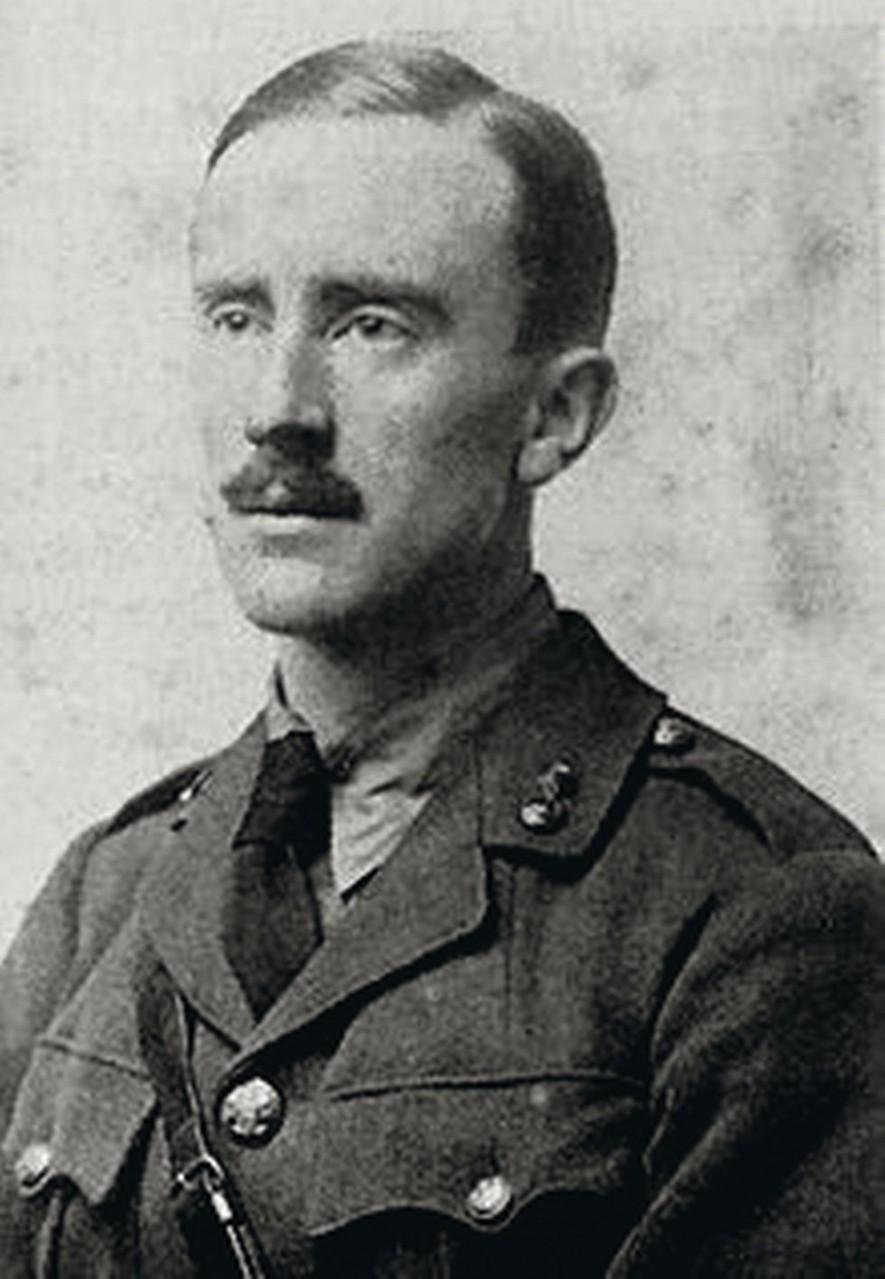 J.R.R.Tolkien, escritor de El Señor de los anillos.