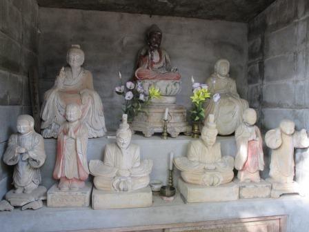 西正寺の石仏