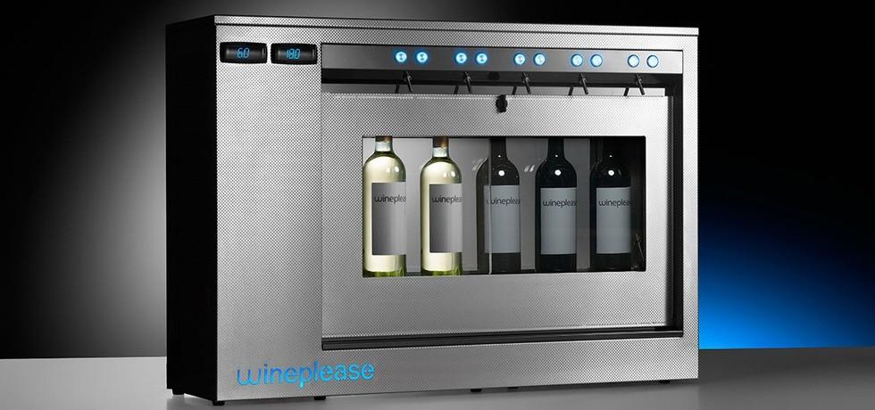 DXR5-DT e SXR5-DT. Dispenser compatto per vino, refrigerato, doppia temperatura, per vini sia rossi che bianchi, indicato per la conservazione ed erogazione al bicchiere. Ideale per wine corner, a partire da € 84,00 al mese