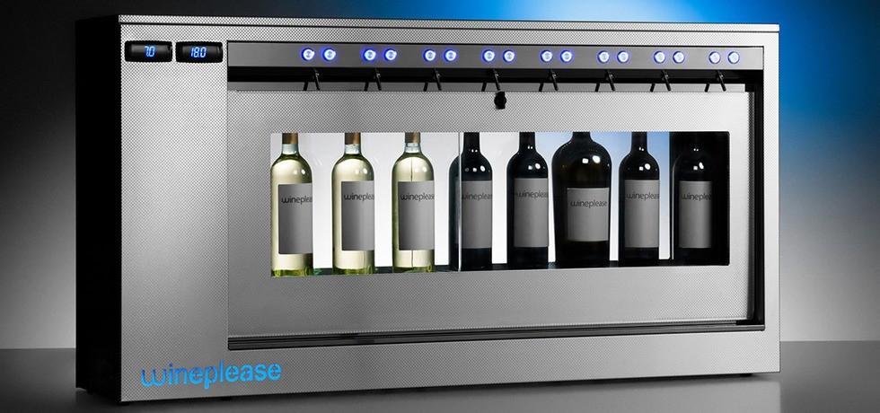 • DXR8-DT e SXR8-DT. Dispenser per vino, refrigerato, doppia temperatura, per vini sia rossi che bianchi, indicato per la conservazione ed erogazione al bicchiere. Ideale per enoteche, ristoranti e wine bar. A partire da € 114,00 al mese