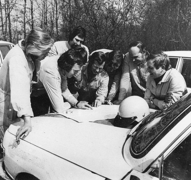 v.l.n.r. Harald Würfel, Bernhard Malsch, Werner Ernst, Horst Niebergall, Roland Weitz, Egon Culmbacher und Bernd Frommann (Quelle: AWE Stiftung)