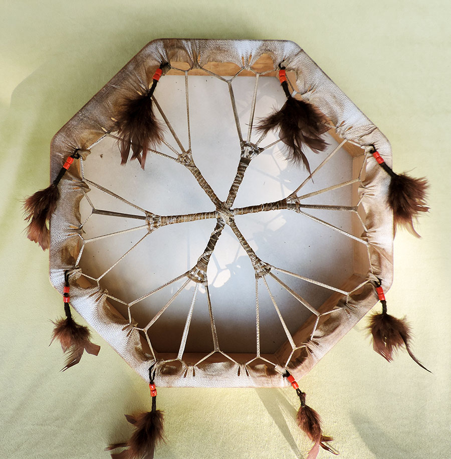 40 cm polygonal drum with beads and feathers