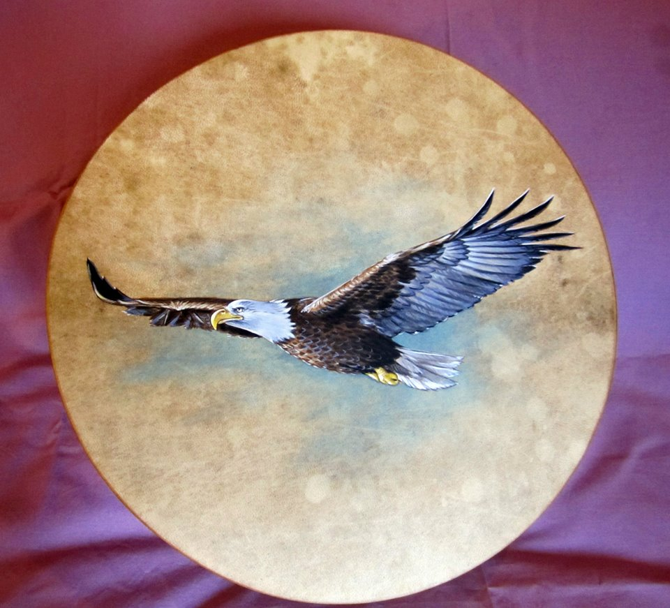 40 cm drum hand-painted with bald eagle