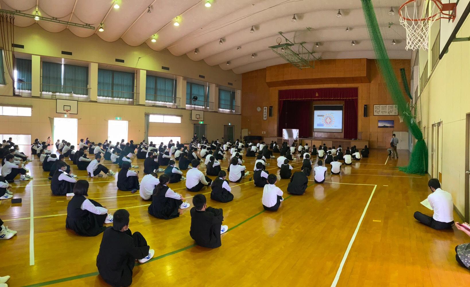 陵南中学校でコロナウィルスに関する講話を開催しました