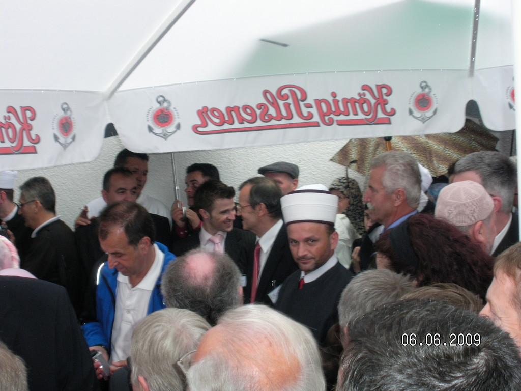 """Svečano otvorenje džemata """"Izet Nanić"""" u Dornbirnu , 06.06.2009"""