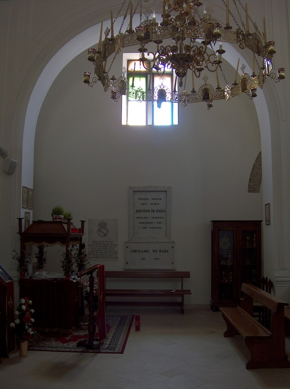 Interno chiesa uniata Madre-di-Dio di Kostantinopoli - da est verso ovest - 5 Maj 2009